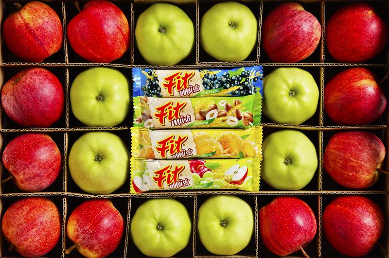 vlastní sušená jablka jsou hlavní surovinou pro výrobu tyčinek Fit musli